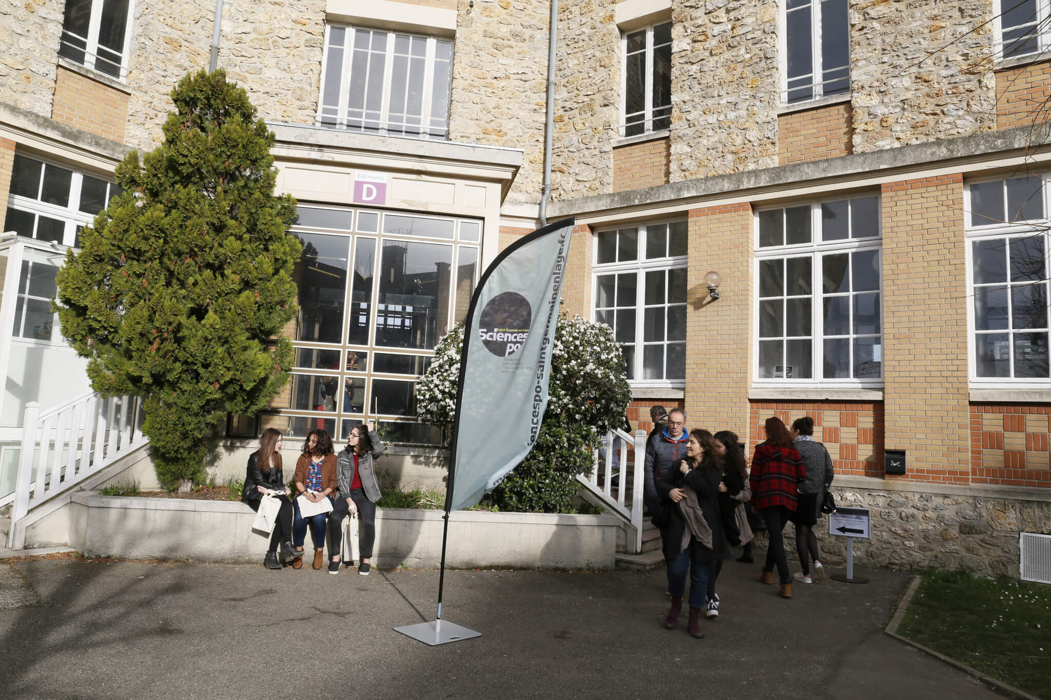 Plus de 800 visiteurs la journ e portes ouvertes 2016 for Piscine saint germain en laye